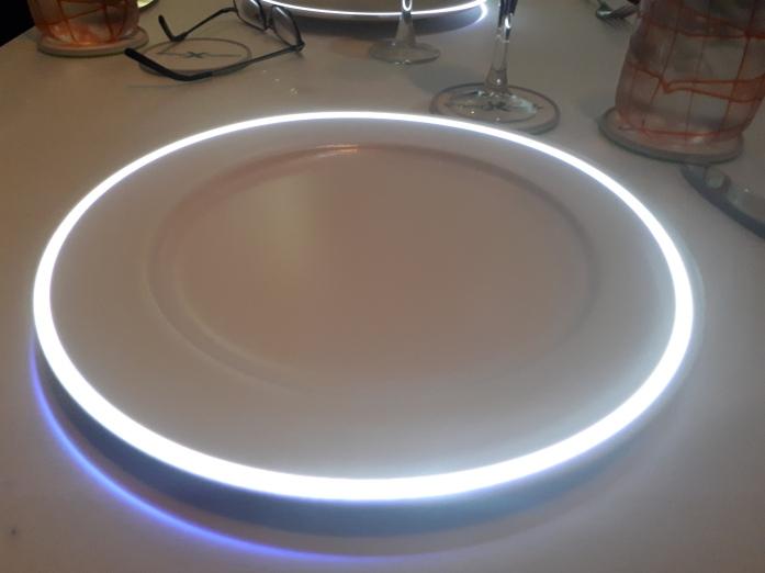 q lit plate