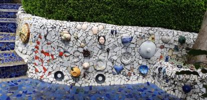 Mosaic wall with crockery